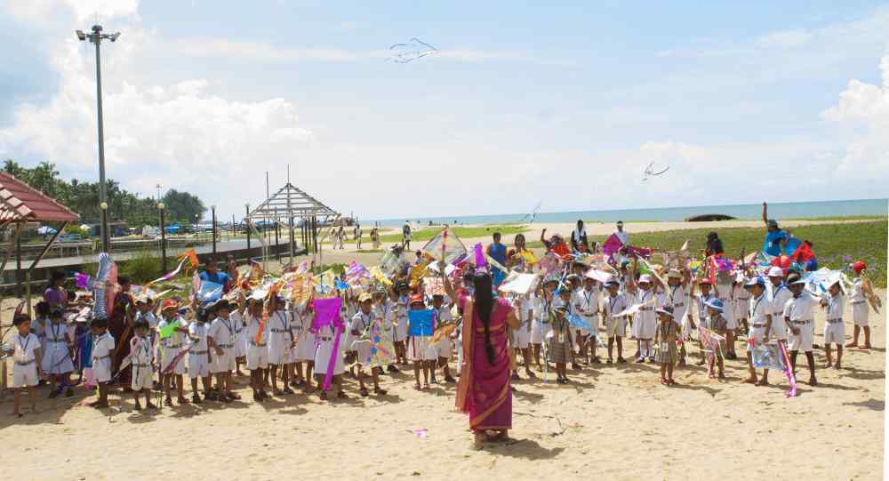 best-cbse-schools-in-guruvayur-Kite Flying Experiential Learning - KG section and Std 4