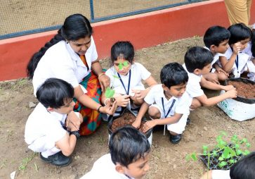 KG Experiential Learning – Making Vegetable Garden
