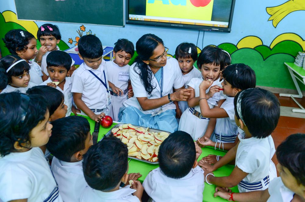 Best-CBSE-School-In-Kerala-KG Experiential Learning - Fruits