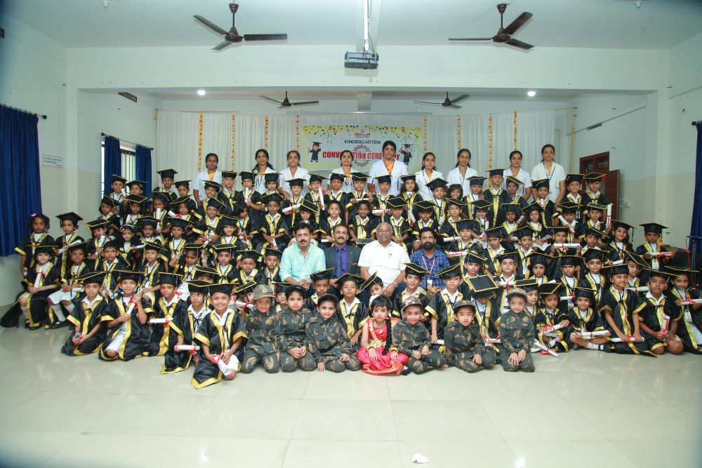 Best-CBSE-School-In-Kerala- KG Convocation